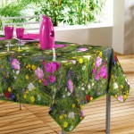 Nappe rectangle PVC Modele Champ fleuri 140 x 240 cm